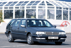 Lancia THEMA SW (834)